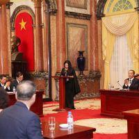 Giám đốc Top White Cao Thị Thùy Dung vinh dự phát biểu tại Phủ Chủ tịch