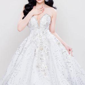 CEO Top White lên đường chinh phục vương miện Hoa hậu người Việt Thế giới tại Mỹ