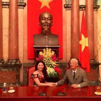 Giám đốc Cao Thị Thùy Dung – Rạng ngời sức trẻ trước lễ trao giải Doanh nhân tiêu biểu 2015