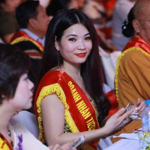 Sự thật đằng sau vẻ đẹp rạng rỡ của Nữ Giám đốc Top White Cao Thị Thùy Dung là gì?