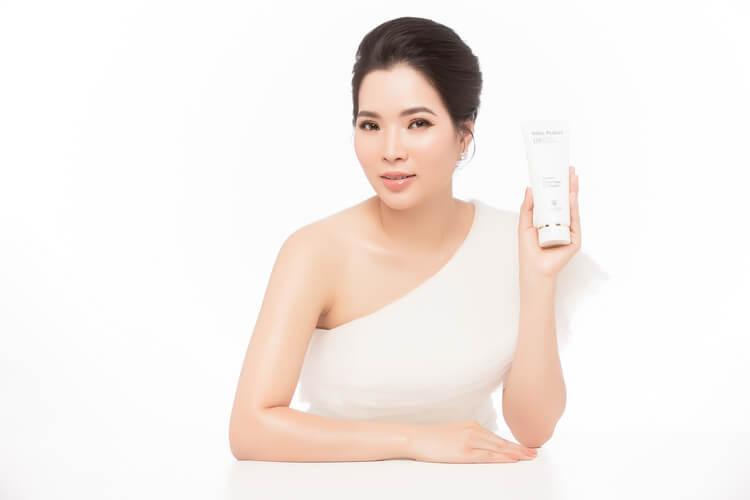 Mã vạch 8936097440059 -sữa rửa mặt ngừa mụn hiệu quả top white d5