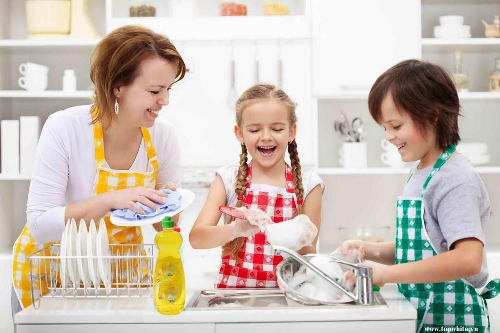 Những thói quen rửa bát tiềm ẩn khả năng gây hại sức khỏe 1