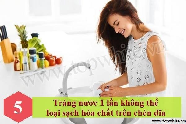 Những thói quen rửa bát tiềm ẩn khả năng gây hại sức khỏe 6