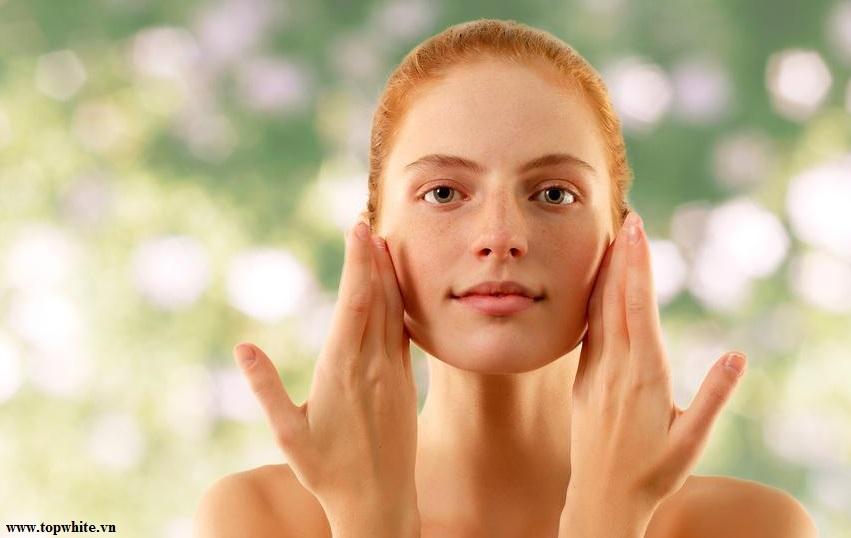 Top White khuyên bạn nên làm dịu da khi chăm sóc da cháy nắng