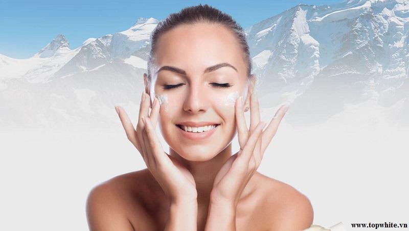 Top White khuyên bạn nên chú ý đến việc dưỡng ẩm chăm sóc da mặt