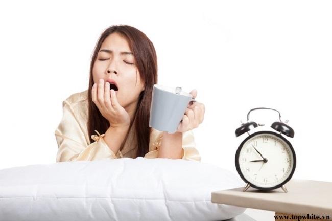 Top White mách bạn thức uống giúp ngủ ngon