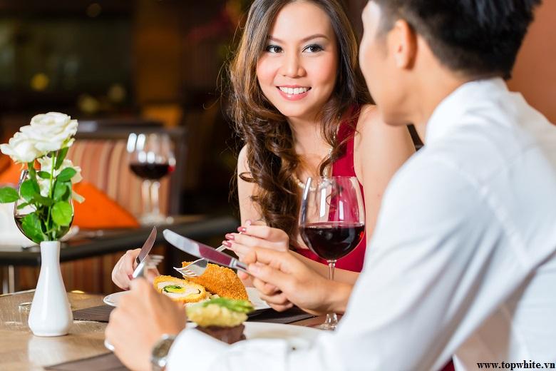 Top White khuyên bạn hạn chế ăn thực phẩm chiên rán