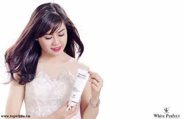 Sữa rửa mặt Top White D5 là lựa chọn tuyệt vời dành cho da