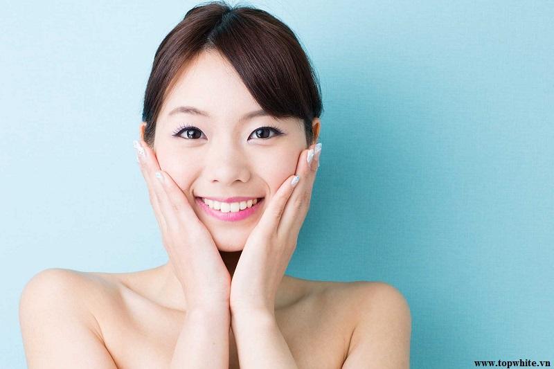Top White khuyên bạn nên sử dụng thêm serum dưỡng ẩm da