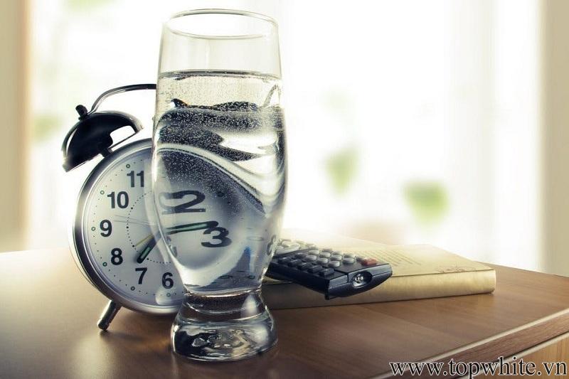 uống nước đúng cách để giảm cân