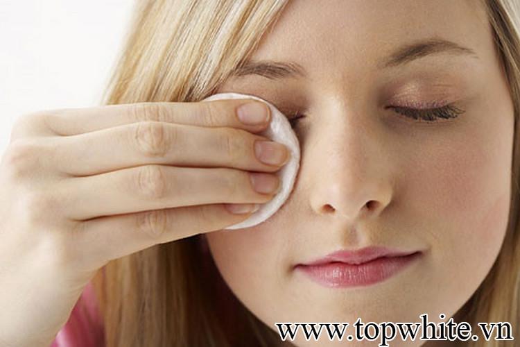 Khôi phục làn da nhạy cảm bằng dầu tẩy trang phù hợp nhất