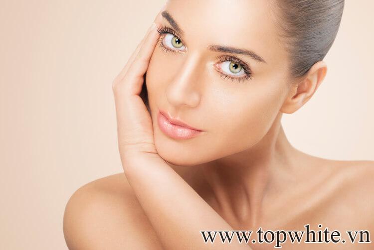 Tẩy trang dạng dầu có khiến da nhờn và mọc mụn không