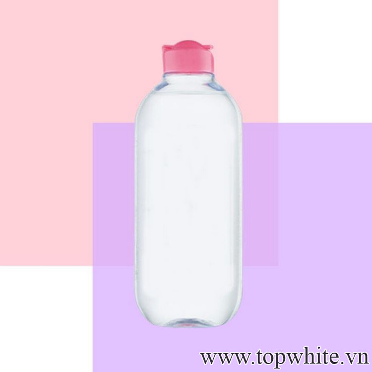 Nên dùng dầu tẩy trang hay nước tẩy trang nào